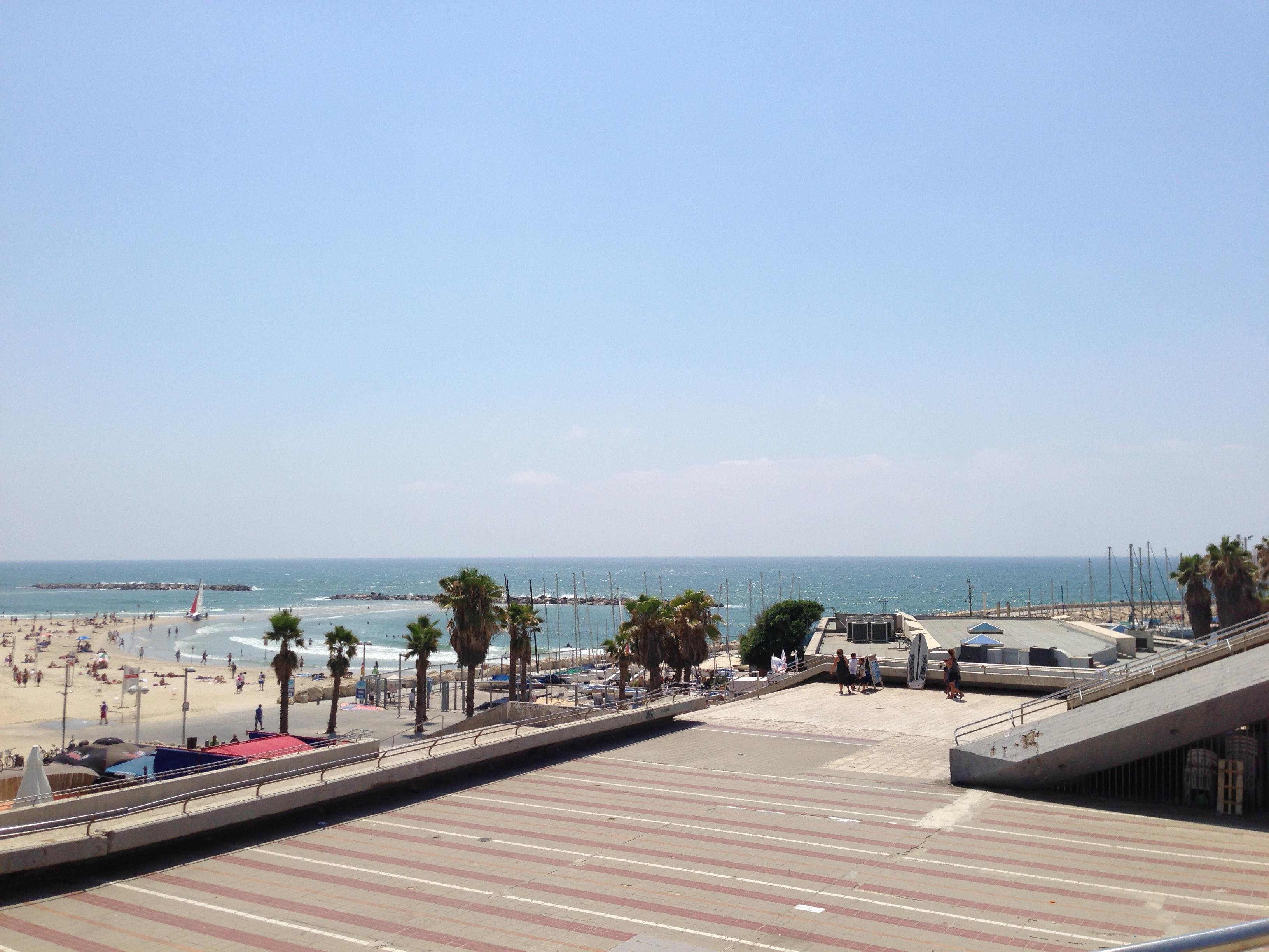 Livet Studio - Tel Aviv Beach